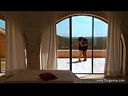 Первый секс у девственницы домашнее видео