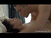 Зрелая женщина и парень секс видео