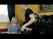 мать дрочит сыну член руками русское