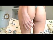 Алина показывает свои прелести видео