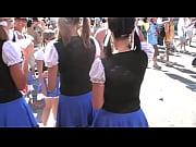 Видео брюнетки с большими жопами