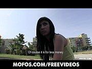 Порно видео жену с другом в палатке