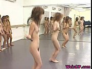 ギャルたちが全裸でフラフープしたり縄跳びしたりするフェチ動画