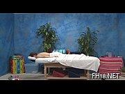 Мастурбация женщин разными штучками видео