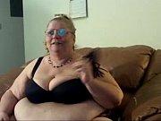 Смотреть онлайн дочка лесби соблазнила маму