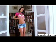 Девушки лесбиянки в мини бикини видео онлайн