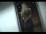 Онлайн видео секс с красоткой на дискотеке