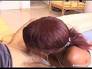 Порно видео лизбиянки зрелая мамочка с подружкой