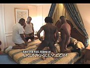 Порно карликов большими членами