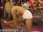 Групповое порно блондинки с неграми