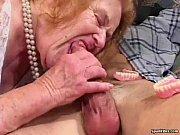 Порно пока жена спит трахает её мать
