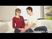 Видео молодая лесбиянка лижет клитор бабуле