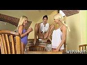 Порно видео красивый секс у бассейна