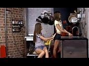 Волосатая кончает порно смотреть онлайн