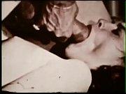 Слизывание спермы любовника с писи жены