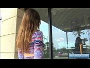 Видео красивая лати нка дрочит на вебку