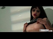 Полная девушка занимается сексом видео