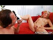 Смотреть порнуху тетя выебла племяника