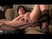 Picture EuropeMature older mature landlady Lori toyi...