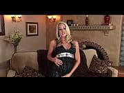 Издевательства над голами женщинами видео