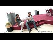 Порно видео красавица пришла в тренажерный зал видео порно