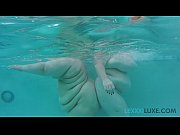 Picture Busty BBW Lexxxi Luxe and BBW Friend Play Un...
