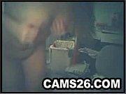 Девушка пазирует на камеру и занимается сексом с сториком