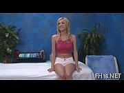 Красивая девушка с самотыком в чулках видео