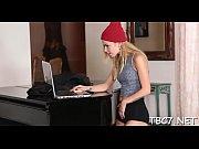 Красивая блондинка дала в попу смотреть онлайн