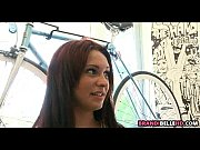 Девушка из россии показывает свою пизду на камеру
