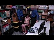 Смотреть онлайн короткие ролики порно с карликами