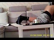 Целюлитная молодая девушка дома частное онлайн