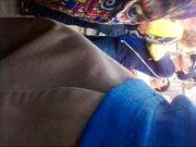 Видео зрелая мамаша большими сиськами заставила себя трахнуть