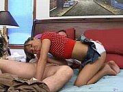 Секс-рабыня исполняет все прихоти хозяина смотреть