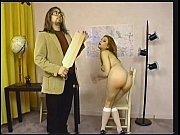 Фото жены с небритой пиздой в сперме домашнее