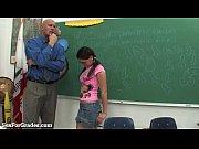Порно видеоролики инцесс отец с дочкой