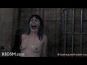 Тройное проникновение в попу порно видео