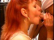 Отец трахает принудительно дочку в рот ригает