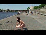 Порно уговорили русскую на секс