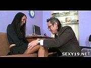 смотреть порно онлайн в носочках на диване