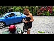 Порно ролики лишение девственницы подругой смотреть онлайн