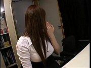 Сексуальная красотка врач соблазнила парня порно
