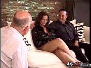 Порно раздели трахнули в клубе