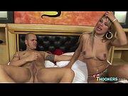 Секс видео русская брат и сестра в месте пляжное купаются и ночуют гостиницу