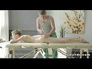 Парнуха видео секс с замужней женщиной