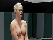 Мать сасет у сына в ванной