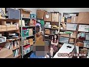 Мобильное видео мама ебется с соседом прямо на сеновале русское
