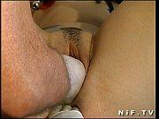 Порно видео показывают пизденку