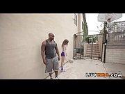 Видео случайные оголение женщин