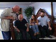 Трахают брюнетку вдвоем русское порно